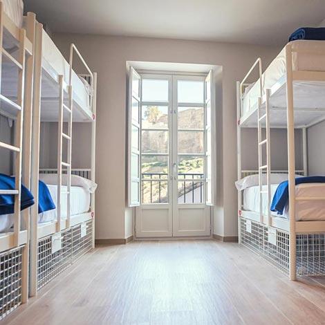 hostel despedidas malaga